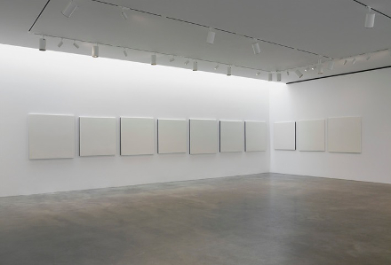 Robert-Ryman-Recent-Paintings-Pace-Gallery3.jpg