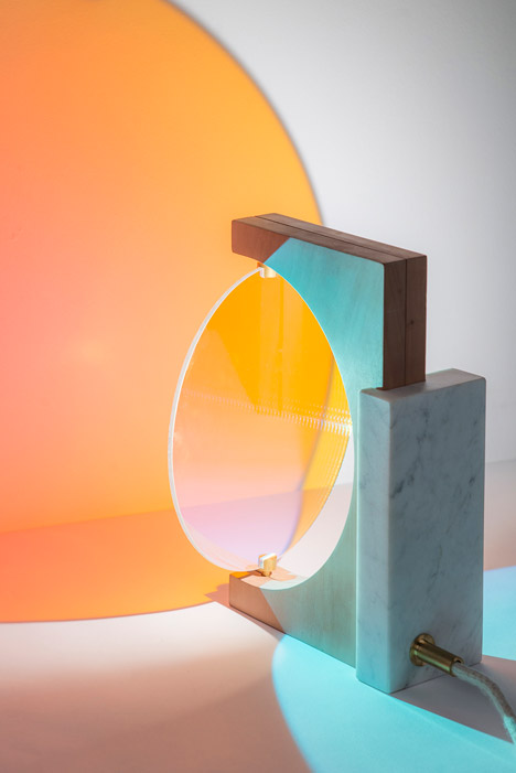The-Day-and-Night-Light-by-Eleonore-Delisse_dezeen_468_6.jpg.1