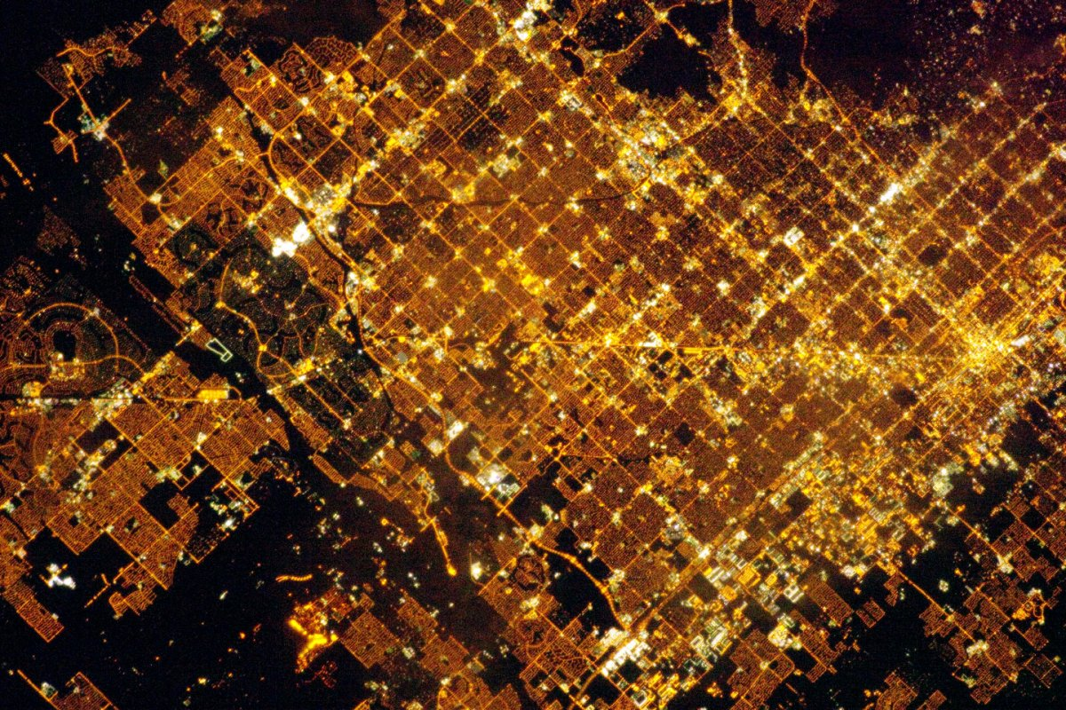 Phoenix at night- NASA.jpg