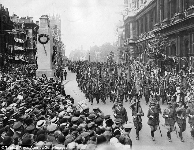 1415320504208_wps_25_July_1919_British_soldier.jpg