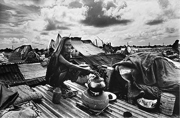 woman-cooking-on-rooftop.jpg