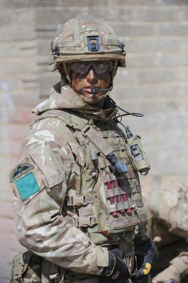 soldier-508357.jpg