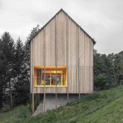haus-sturcherwald-bernardo-bader-architects-architecture-residential-vorarlberg-austria_dezeen_sq-c-411x411.jpg