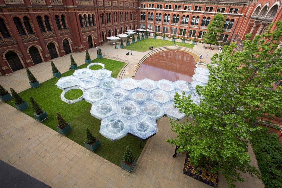 elytra-filament-pavilion-achim-menges-v-and-a-victoria-albert-museum-3d-printing-wings-flying-beetles_dezeen_936_7.jpg