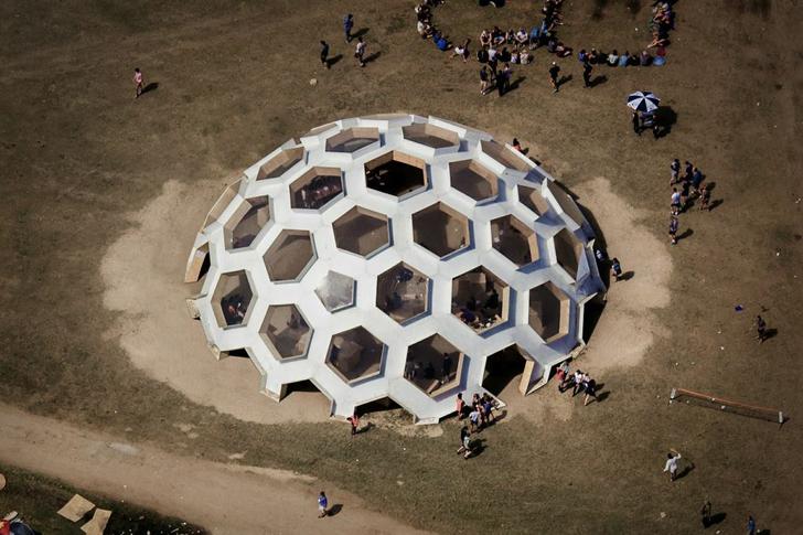 Plywood-Dome-Roskilde-Festival-2012-2.jpg