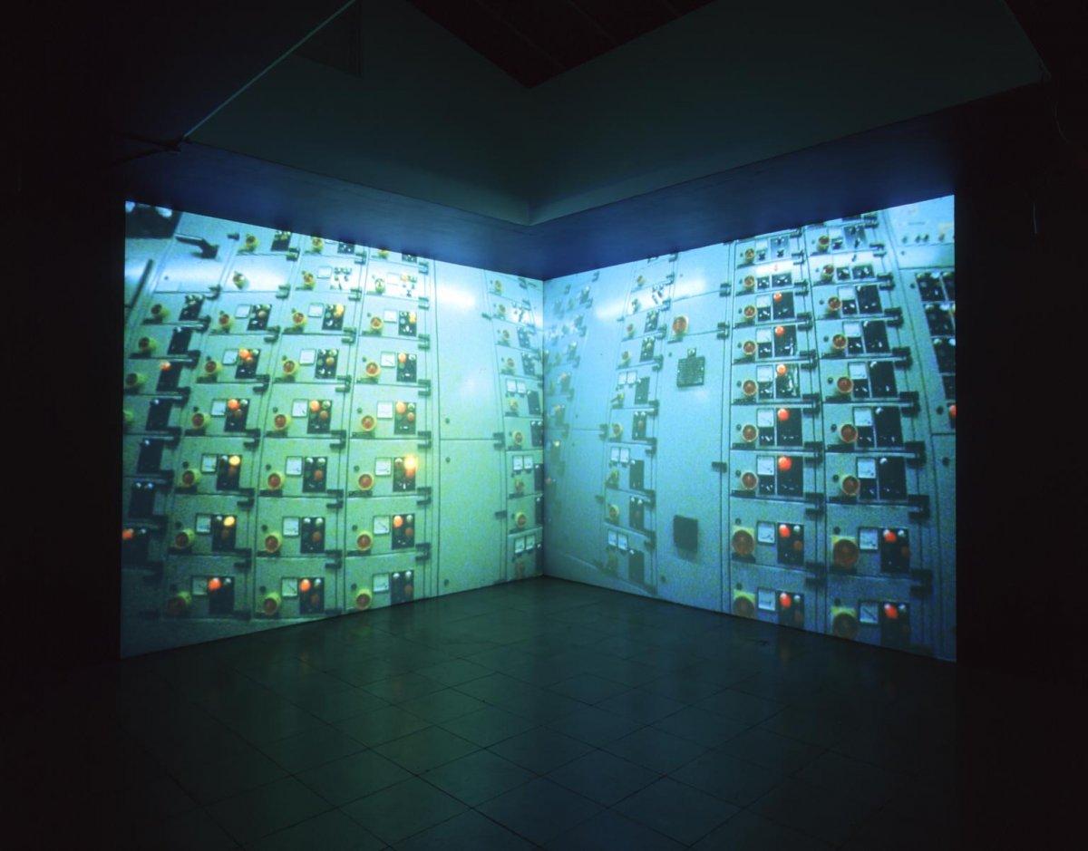 Gamma, Jane Wilson, Louise Wilson, 1999, tate2.jpg