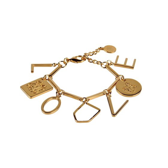 This modern take on the classic charm bracelet features the letters l-o-v-e on brass charms – the ideal gift for a loved one.