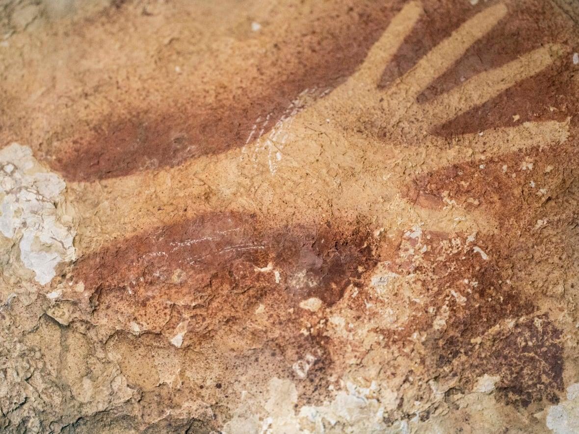 cave-drawings-2.jpg