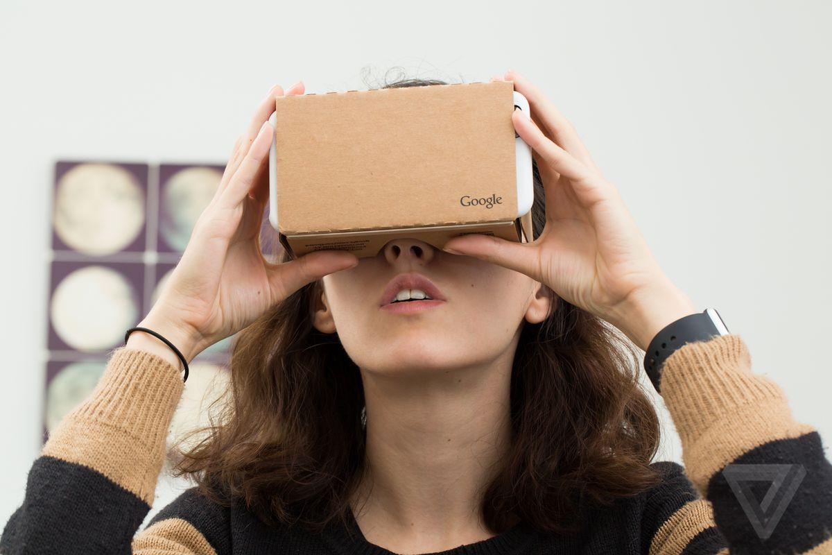 stock-google-cardboard-vr-0182.0.0.jpg