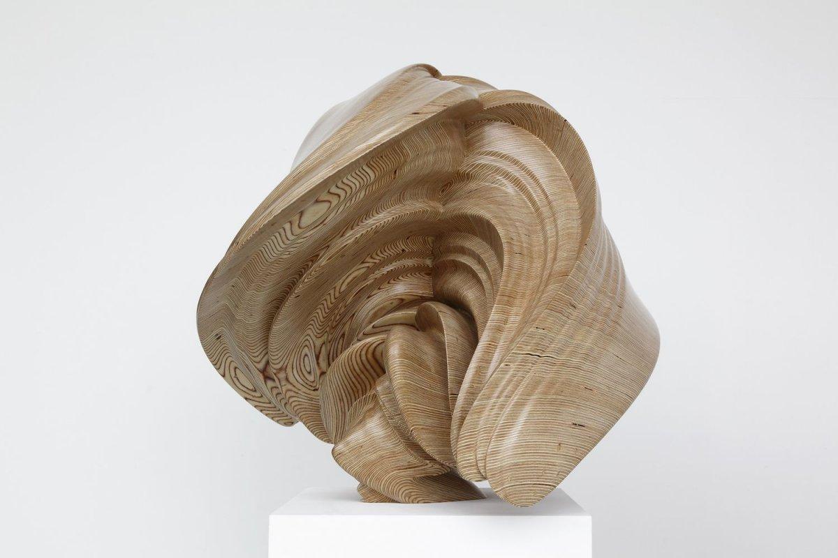Willow-11-70x69x75-wood-2014-Michael-Richter.jpg