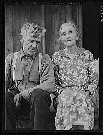 old-farm-couple-on-poor-land-in-the-ozark-mountain-758548.jpg